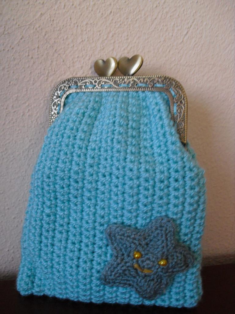 Bolsa Feminina Azul Turquesa : Bolsa em crochet retangular azul turquesa com estrela