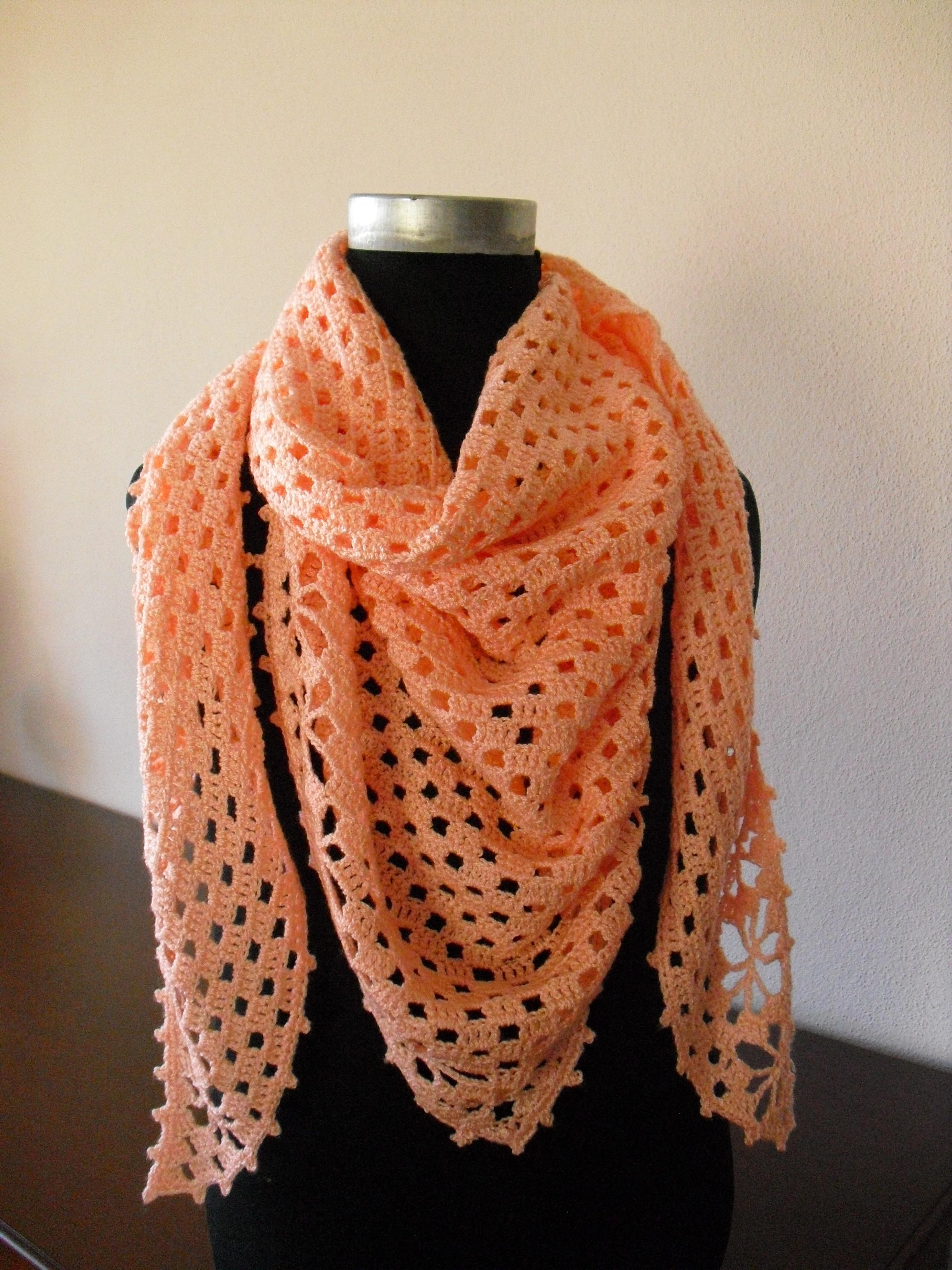 Outra maneira de usar o xaile, estilo lenço