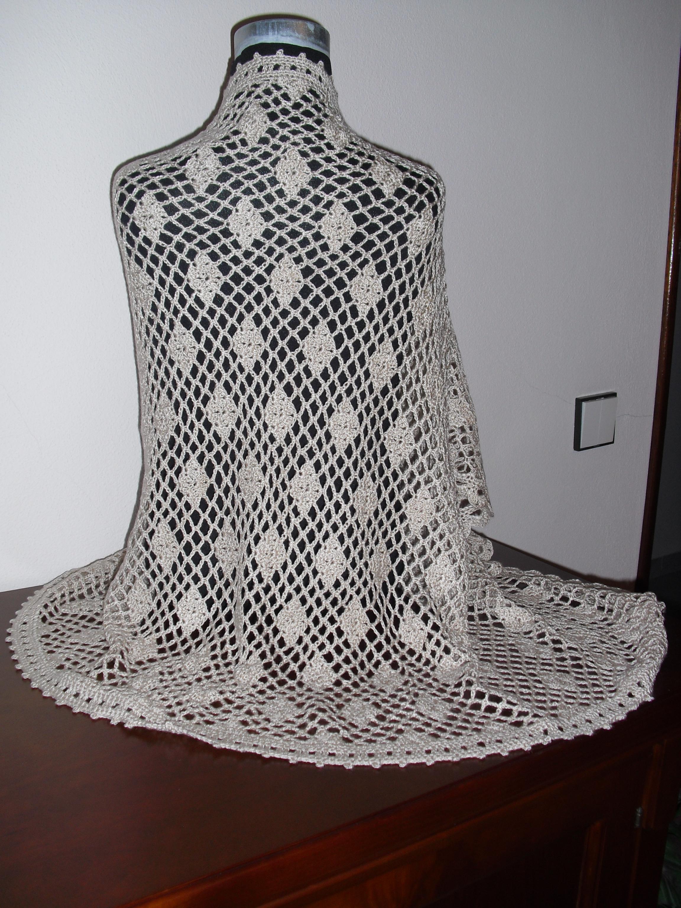 Pormenor do ponto de crochet, usado na estola