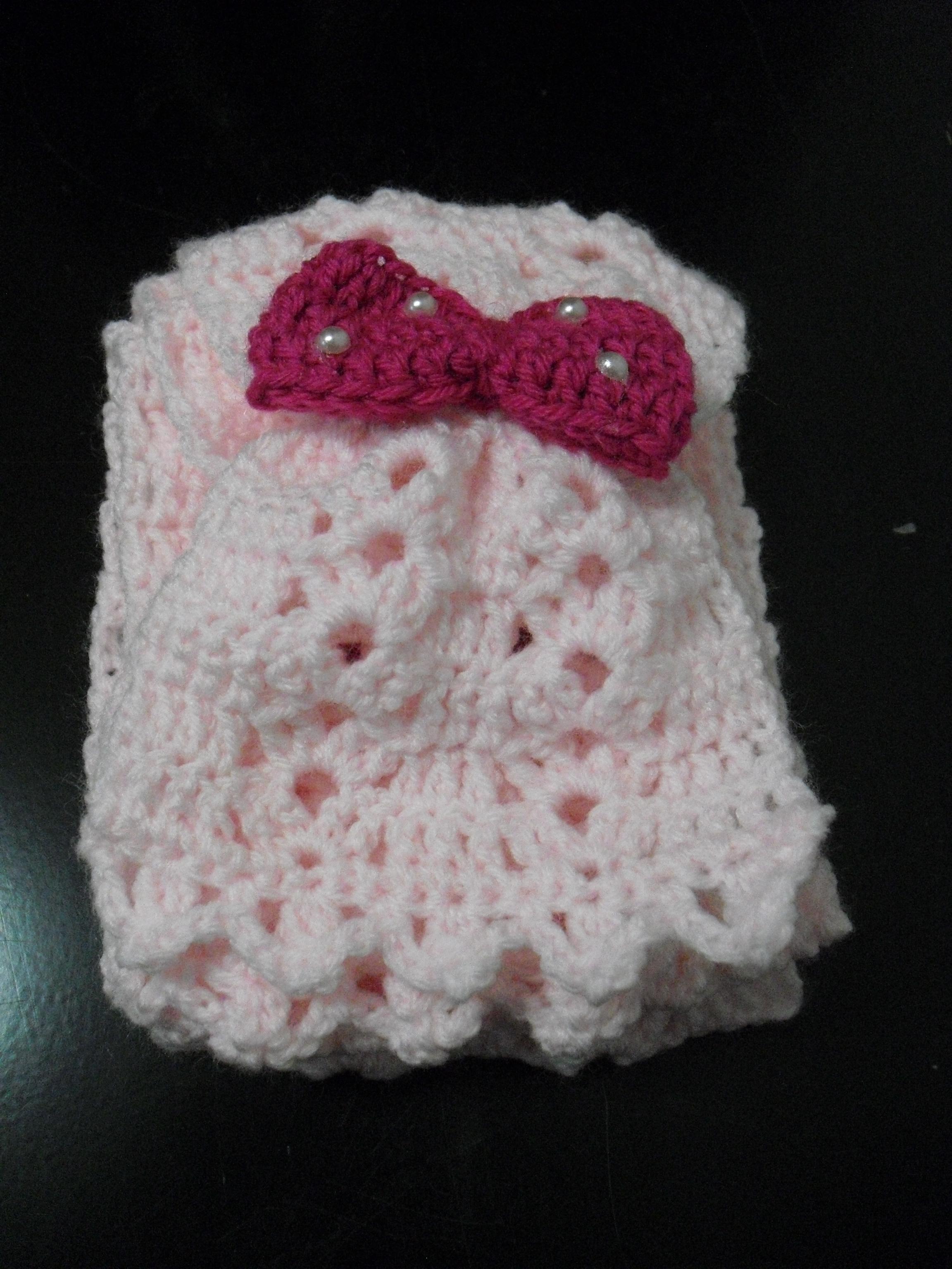 Cachecol rosa claro com lacinho