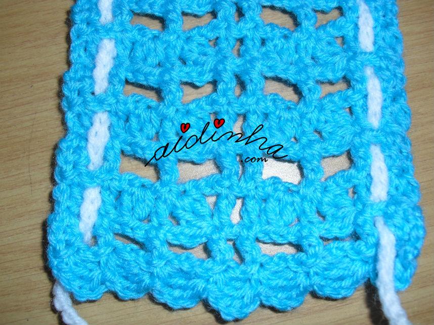Pormenor do ponto de crochet do cachecol