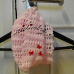 Gola infantil, em crochet, rosa clarinho, com borboletas