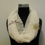 "Gola ""Mimosa"" em crochet, branca"