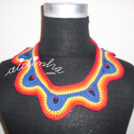 Colar em crochet, multicolorido