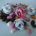 Pregadeiras em crochet, flores enroladas