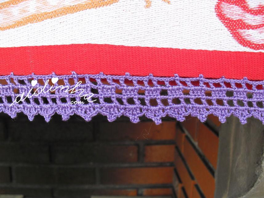 Pormenor do picô azul, em crochet do pano cozinha/copa