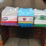 Panos de cozinha/copa com picô de crochet, nas cores verde, azul e roxo
