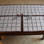 Conjunto de naperons/caminhos de quarto, bordado à máquina e com picô em crochet