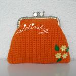 Bolsa, em crochet, laranja com florinhas amarelas