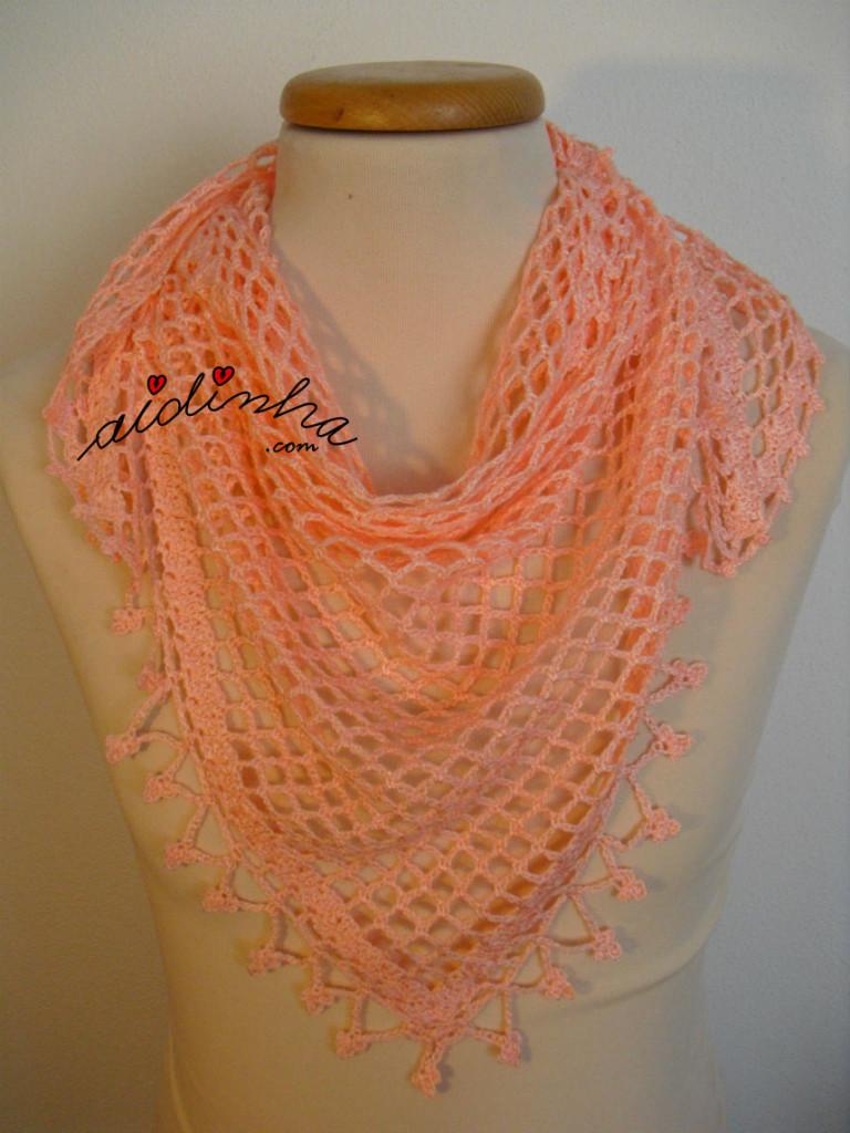 Baktu, de crochet, na cor salmão