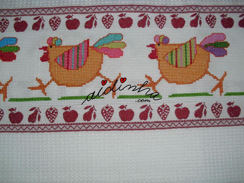 Imagem de outras galinhas a ponto cruz