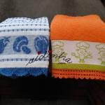 Panos de cozinha/copa, com picô de crochet, nas cores azul e laranja