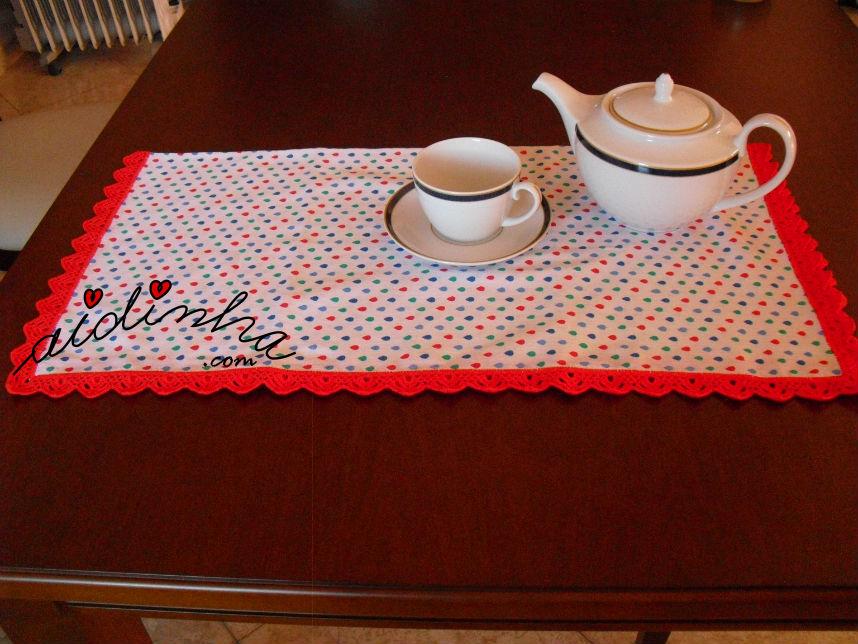 Pano cozinha/copa, colorido, com picô vermelho