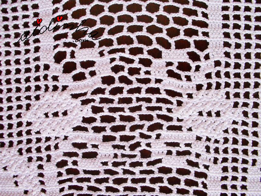 Pormenor do ponto de crochet, do meio do naperon