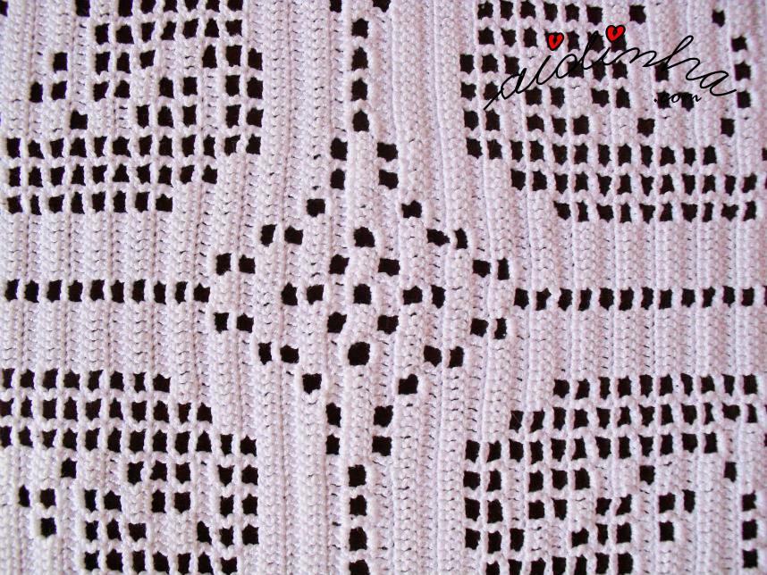 Centro do naperon de crochet oval