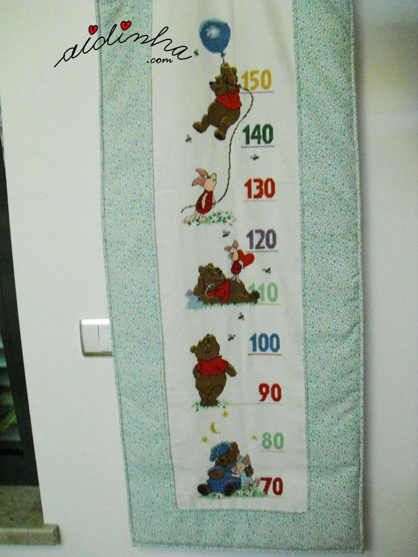 Vista geral do medidor infantil, em ponto cruz