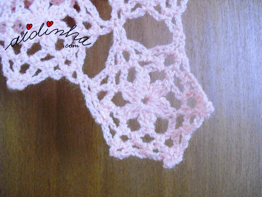 Outra foto da roseta de crochet, da estola salmão