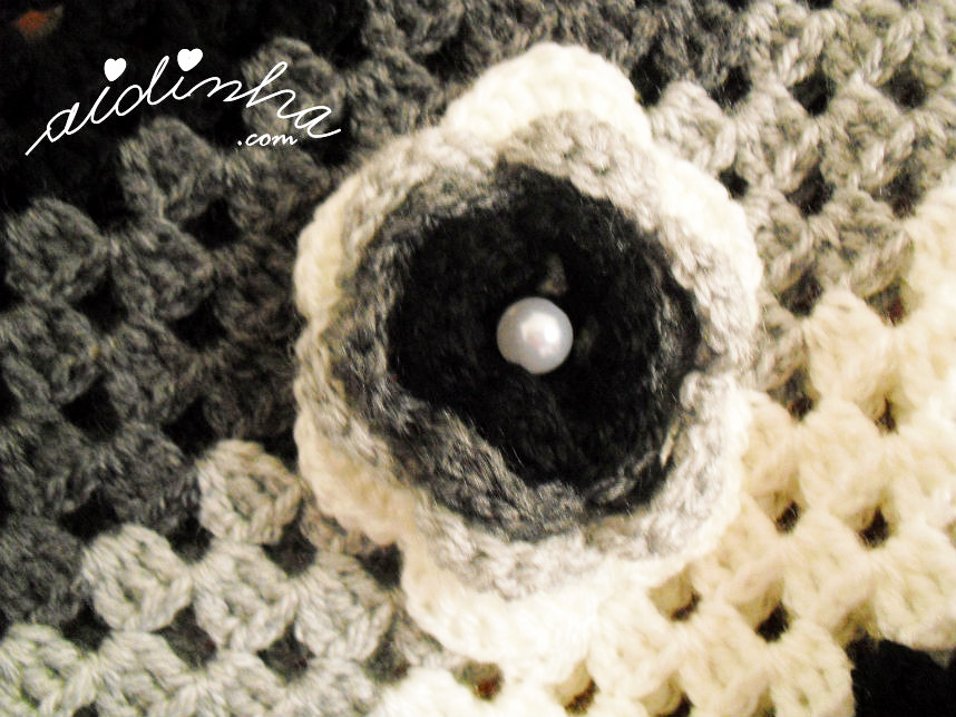 Imagem da flor do poncho de crochet