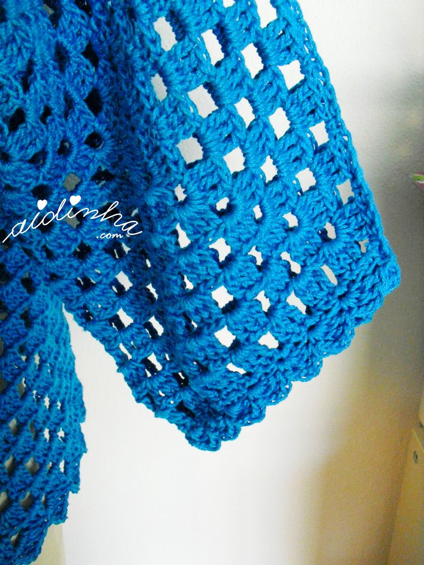 Imagem da manga do casaco de crochet turquesa