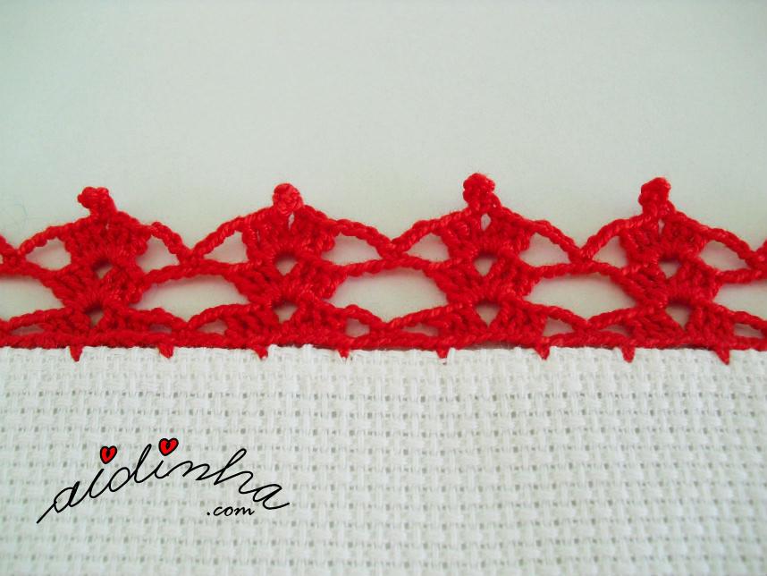Foto do picô de crochet vermelho do individual de Natal