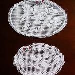 Pequenos naperons em crochet