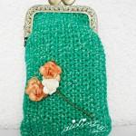Bolsa, em crochet, verde mesclado, com ramo de rosinhas