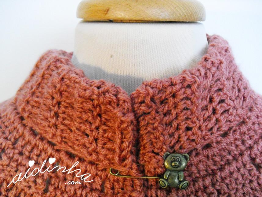 Imagem da gola da pelerine de crochet, rosa velho
