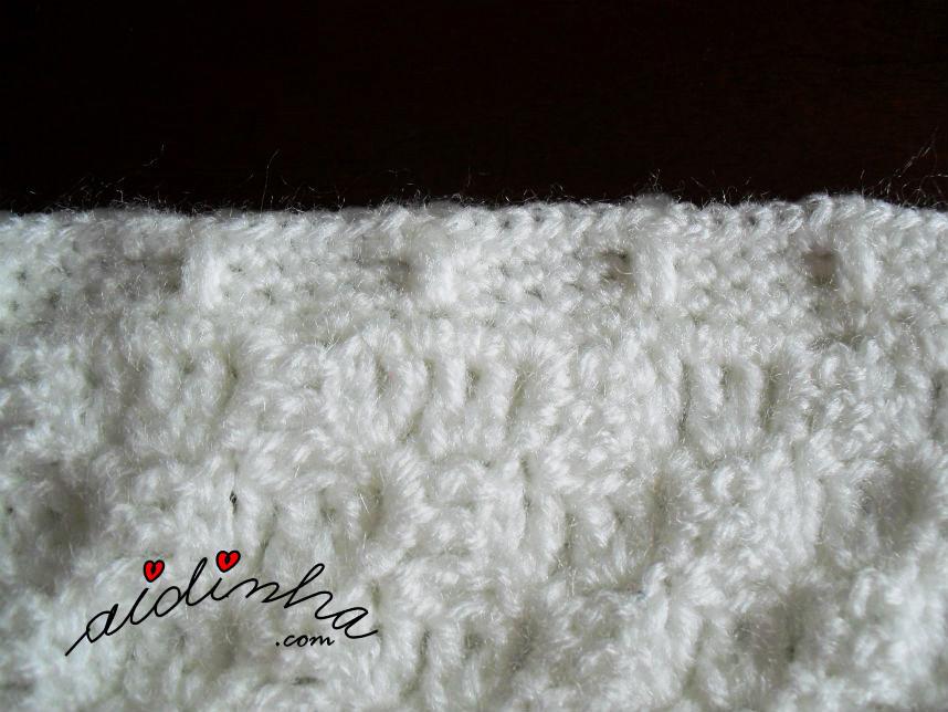 Foto do ponto de crochet de remate da manta pérola