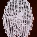 Naperon de crochet, branco, com motivo de passarinho