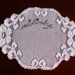 Naperon de crochet, branco com flor nos topos