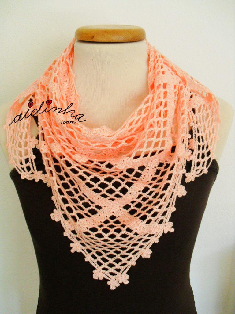 Baktu, de crochet, com ponto entrecruzado
