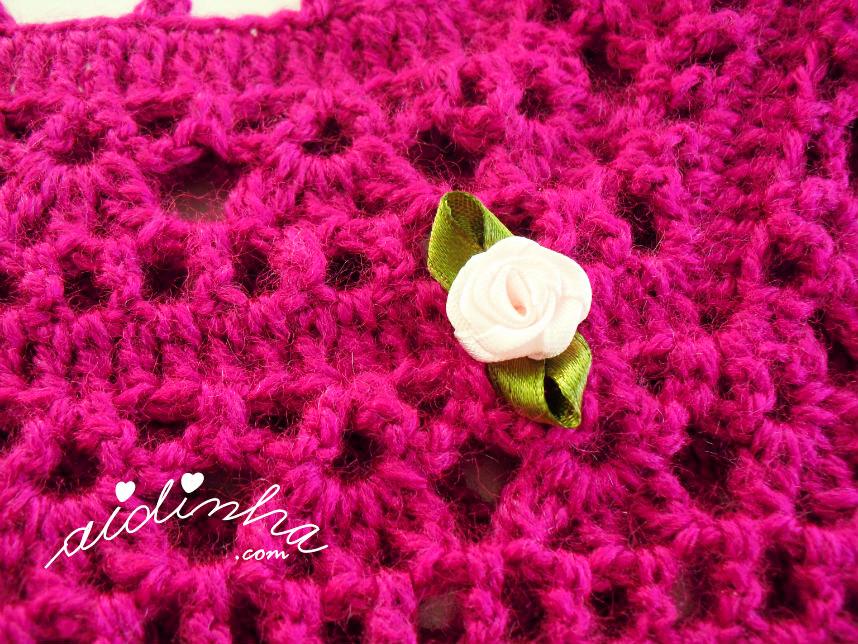 Foto da rosinha do vestido de crochet