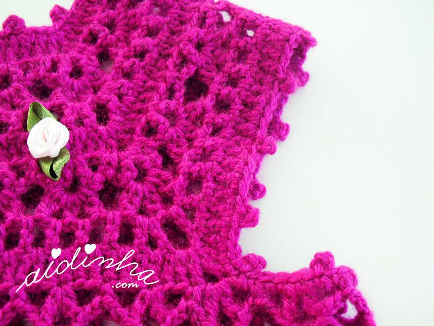 Foto da cava do vestido infantil de crochet