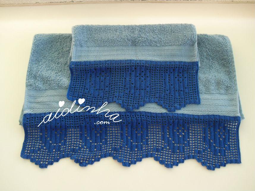 Outra vista das toalhas azuis