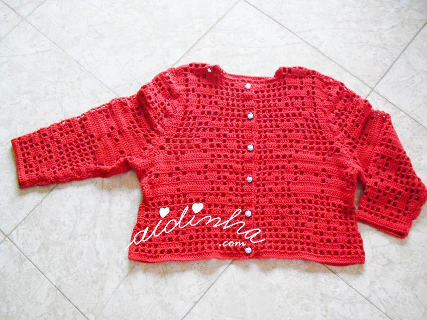 Casaco infantil, de crochet, vermelho