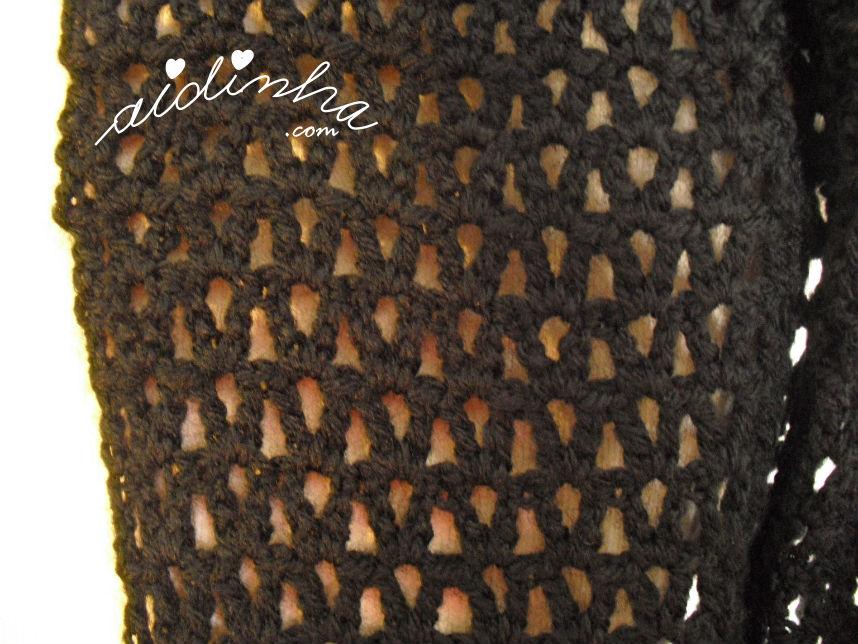 Foto do ponto rendado da gola de crochet