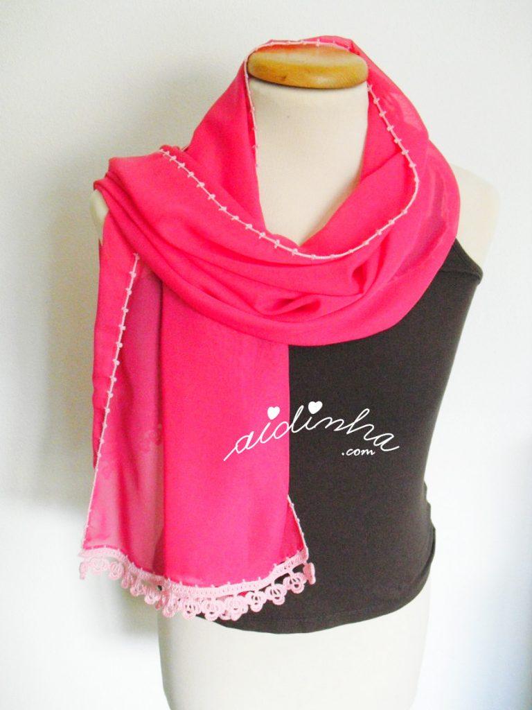 Écharpe costumizada com crochet nas pontas