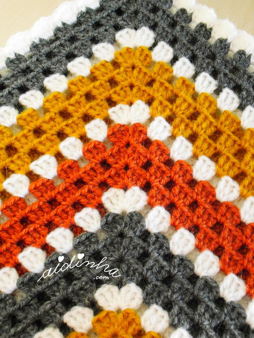Foto do ponto de crochet do poncho