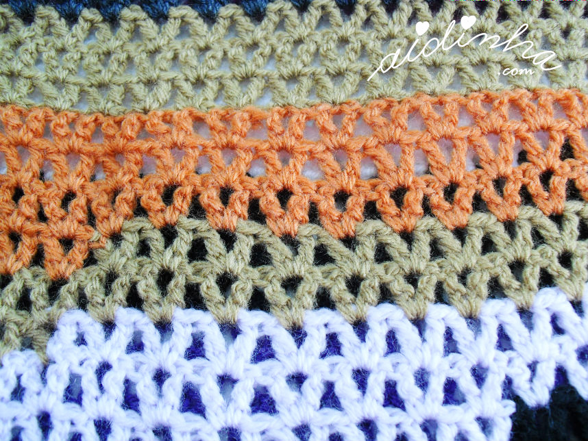 Foto do ponto de crochet da gola multicolorida