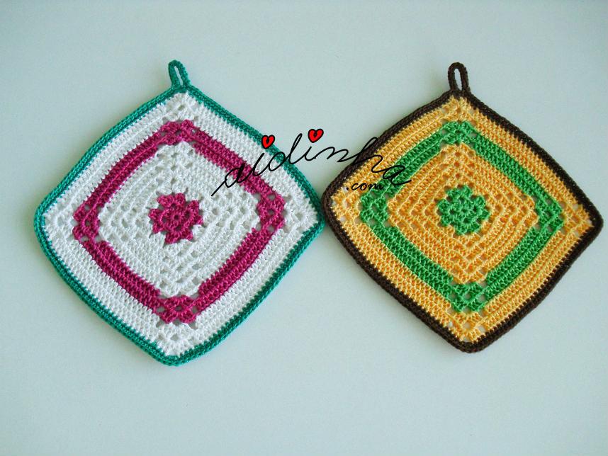 Conjunto de pegas ou agarradores, coloridos, em crochet