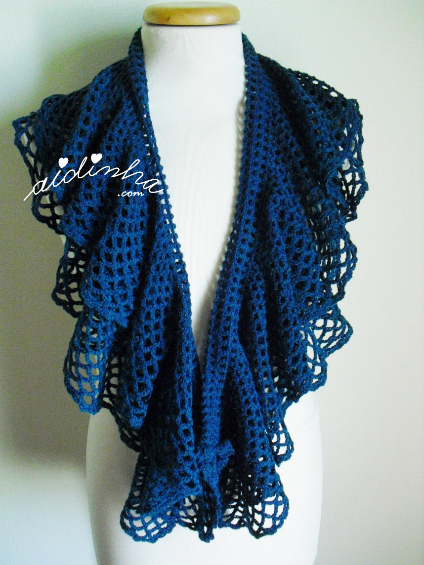 cachecol de crochet, com folhos
