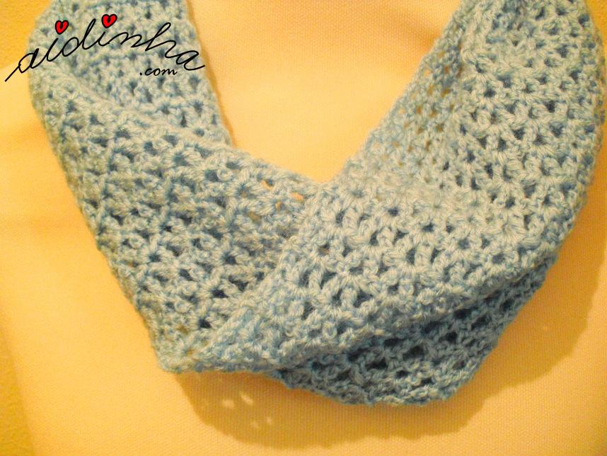 Foto da torcida da gola de crochet