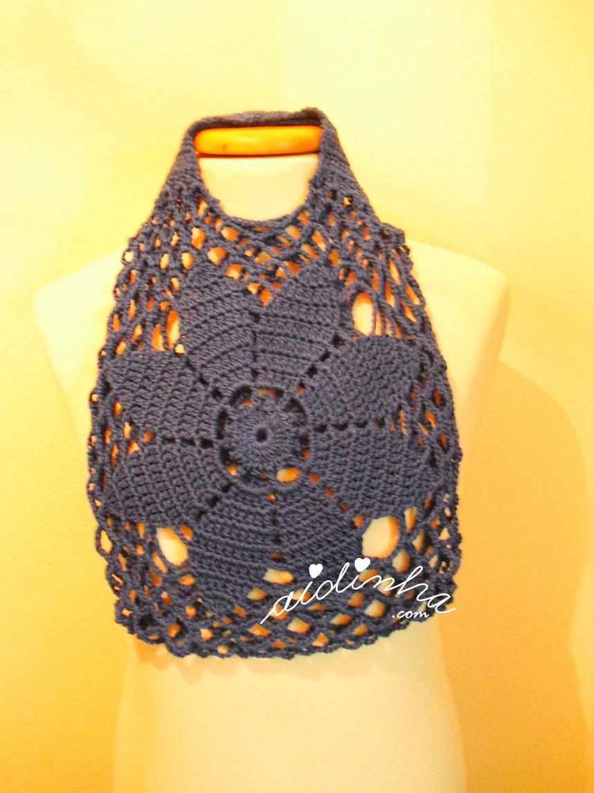 Foto da bolsa de mão de crochet, azulão
