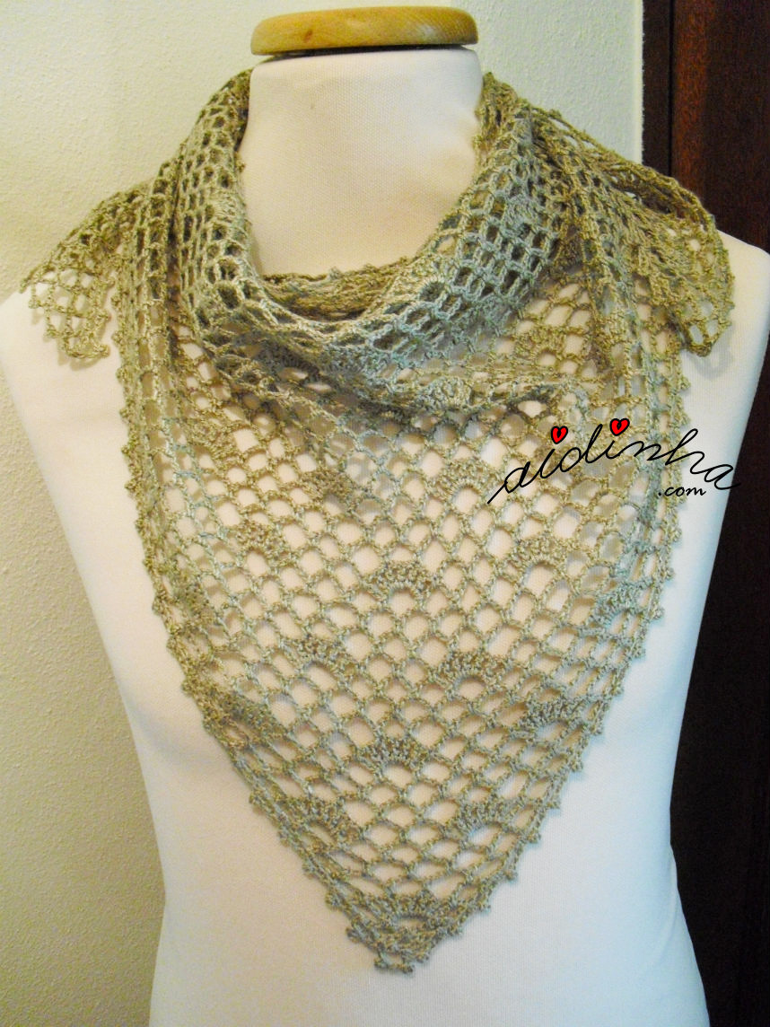 Baktu de crochet, na cor bronze