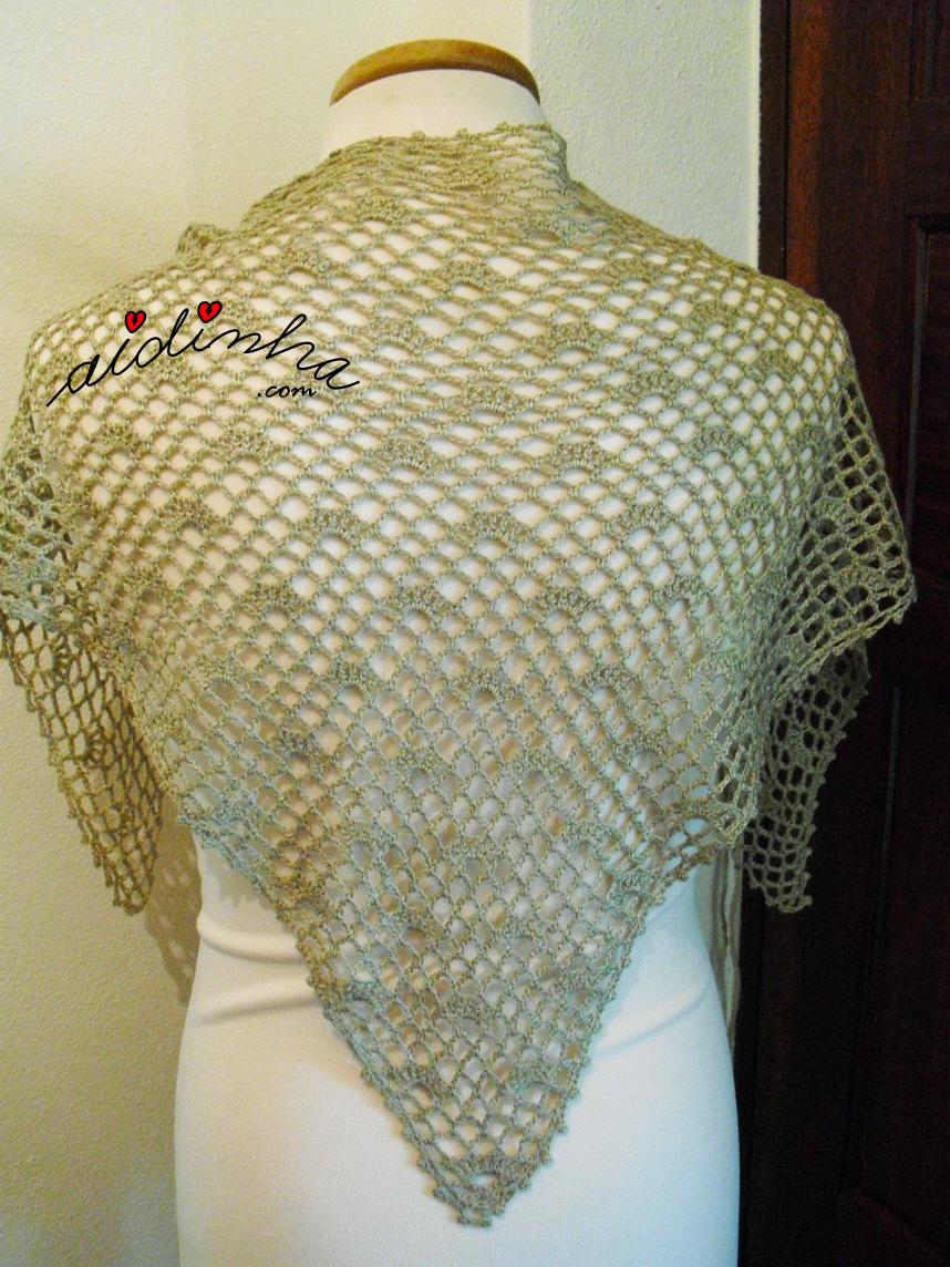 Foto da parte detrás do baktu de crochet