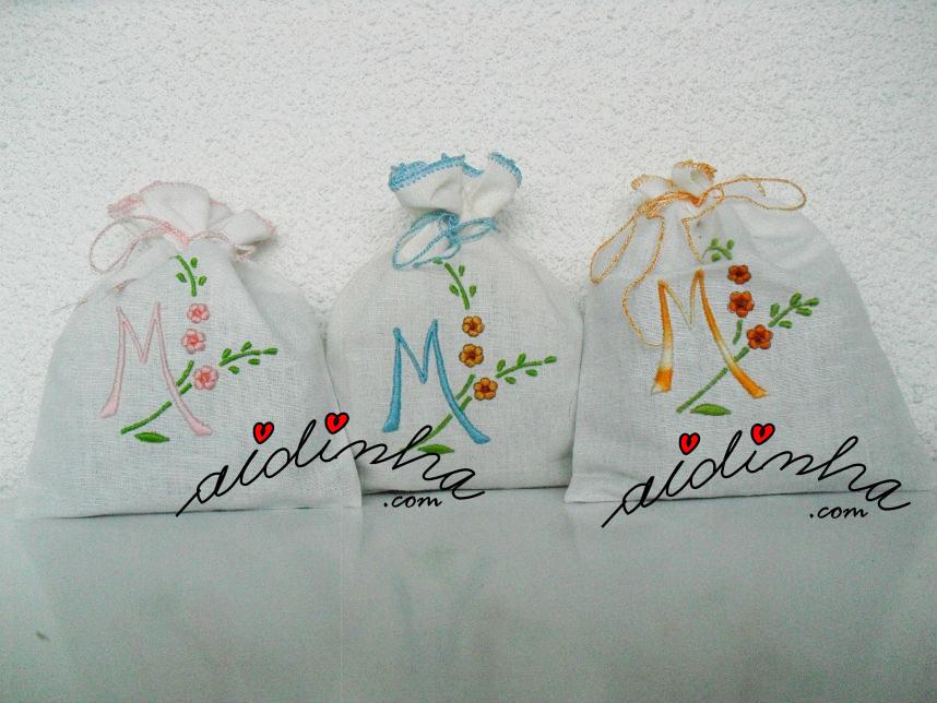 saquinhos de cheiro M, bordados à máquina