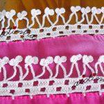 Écharpe em tons de rosa, costumizada com crochet