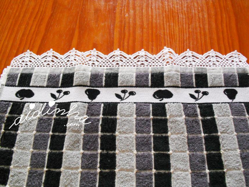 Foto do picô de crochet branco do pano de cozinha
