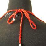 Colar de crochet, vermelho com pérolas
