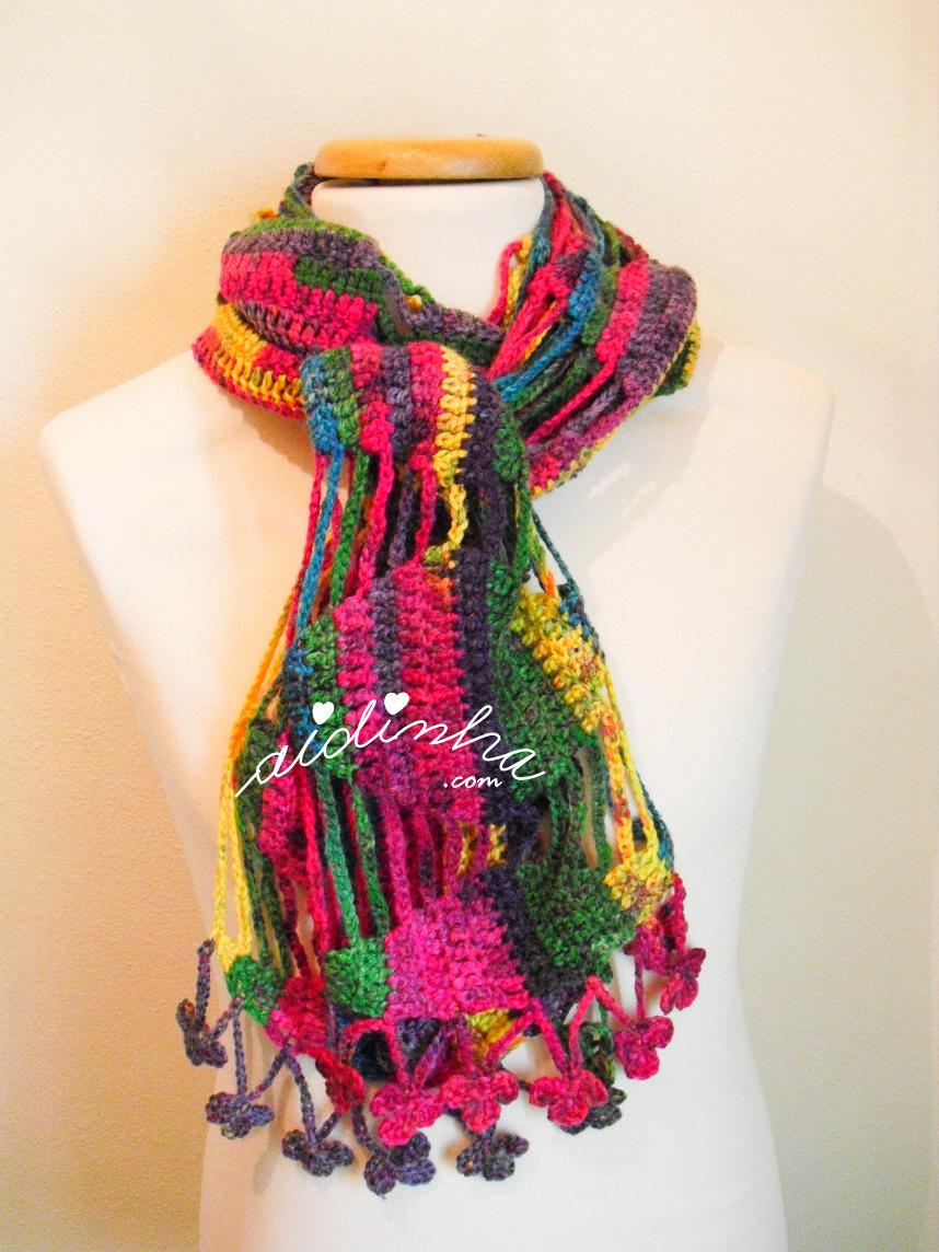 Cachecol de lã multicolorido